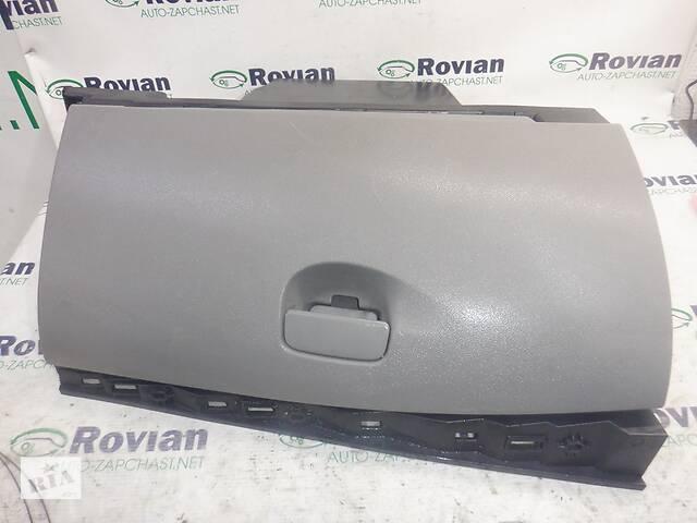 купить бу Бардачок  Renault MEGANE 3 2009-2013 (Рено Меган 3), БУ-197486 в Ровно