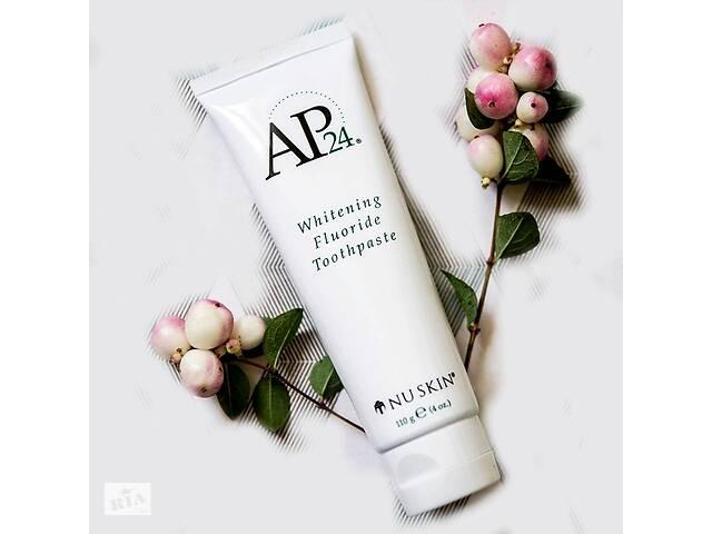 продам Фтористая отбеливающая зубная паста AP-24 Whitening Fluoride Toothpaste бу в Киеве