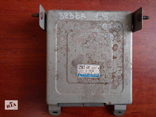 купить бу Блок управления двигателем Mazda 323 BA z5b3 18 881a  r2t86876m  6y20 в Одессе