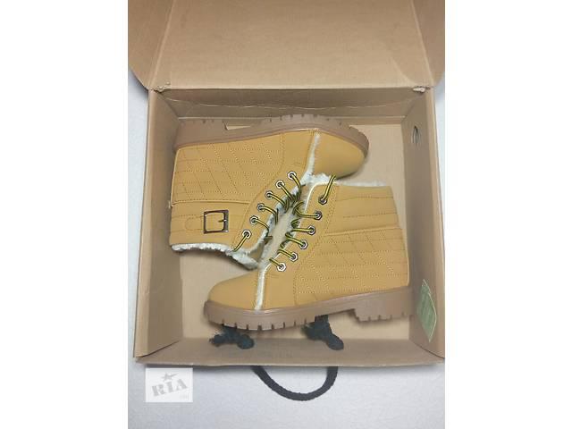 купить бу Ботинки на меху зима р 38 в Одессе