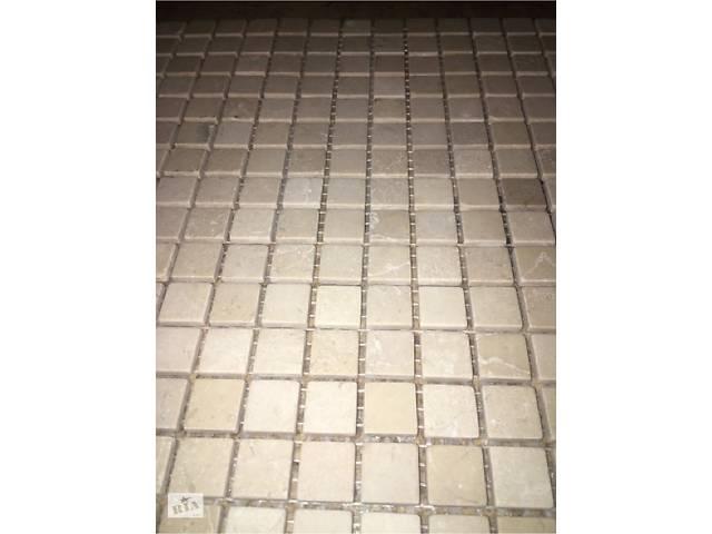 продам Продам Мраморную мозаику 15на 15мм (33на 33см 1лист) Цена За 1лист 150грн бу в Тячеві