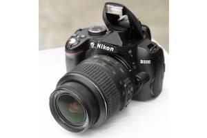 Nikon D3000 + объектив