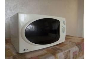 Продам микроволновку LG MB-4322T. Изготовлена в Корее.