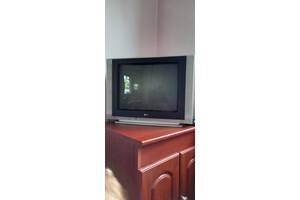 Продаю цветной телевизор LG Ultra Slim mod.21FS6RG