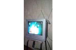 Телевизор LG flatron 15FJ4RB