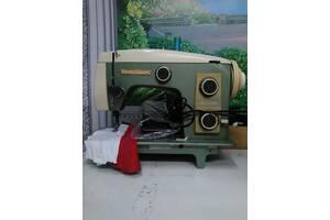 Veritas швейна машина.