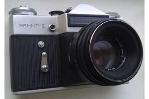 б/в Дзеркальні фотоапарати Zenit