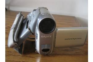б/у Беспроводные видеокамеры Sony DCR-HC28E