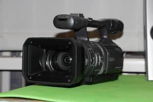 б/в Професійні відеокамери Sony HDR-FX7E