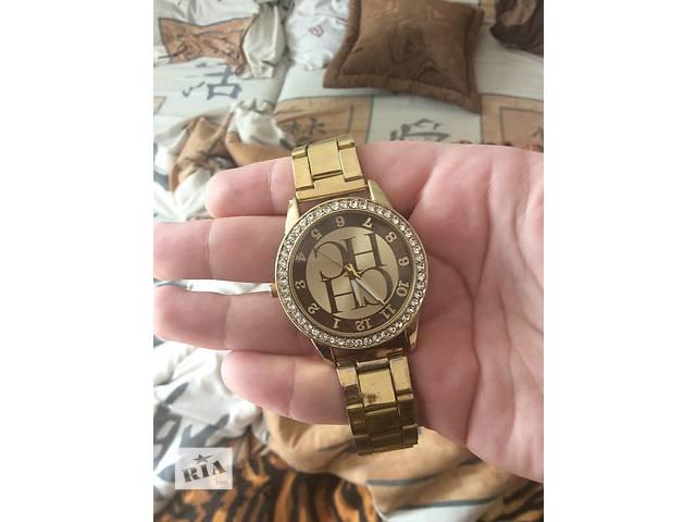 Часы наручные женские - объявление о продаже  в Кривом Роге (Днепропетровской обл.)