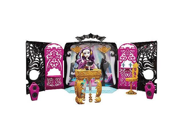 продам Набор Монстер Хай Зал для вечеринки и кукла Спектра. бу в Одесі