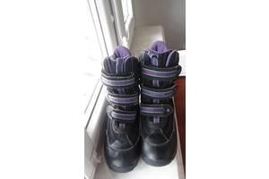 б/у Детские зимние ботинки Geox