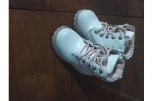 б/в Дитячі зимові черевики