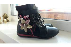 б/в Дитячі демісезонні черевики Шалунішка