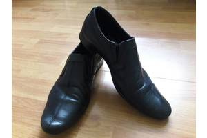 б/у Детские школьные туфли