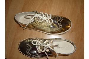 б/в Дитячі туфлі для дівчаток