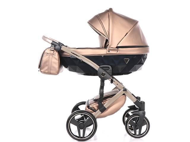 Дитяча коляска 2 в 1 Junama Diamond Fluo line II бежева 04