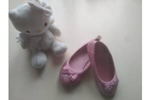 Нові святкові балетки для маленької принцеси