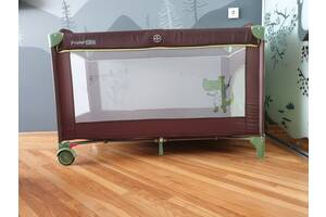 Портативная кроватка-манеж FreeON
