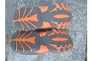 Продам детскую обувь. Ботинки зимние, сандали, кроссовки