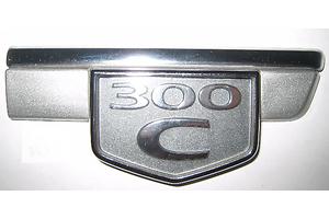 б/у Эмблемы Chrysler 300 С