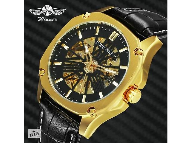 продам Механические наручные часы Winner lux gold бу в Кривом Роге