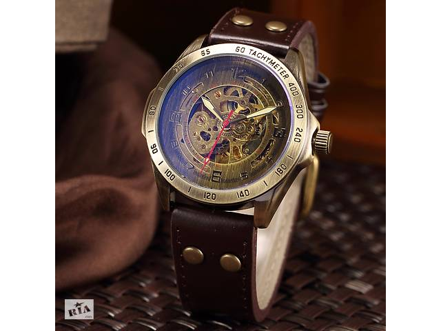 купить бу Чоловічі наручні годинники в стилі