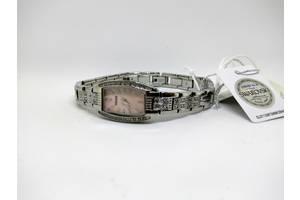 Наручні годинники жіночі Swarovski