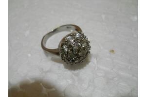 Кольцо женское бижутерия 17 размер