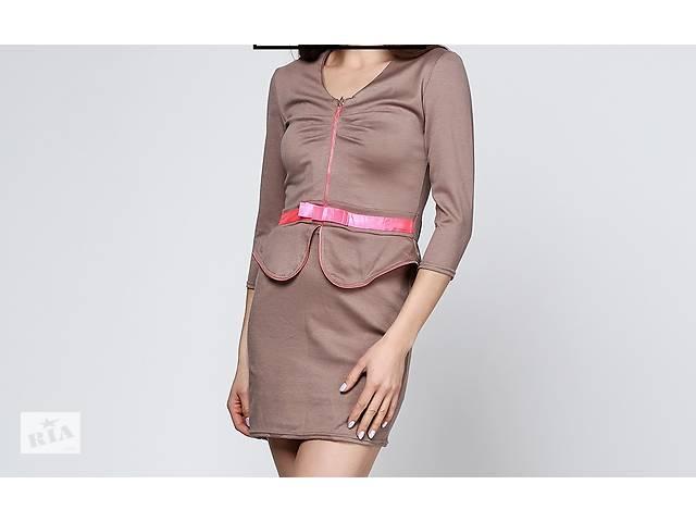 бу Коричневе повсякденне плаття міні Esuteks однотонне в Мукачево
