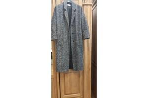 Пальто жіноче весняне
