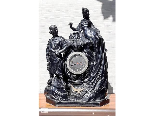 """купить бу Продам - Часы каминные """"Хозяйка медной горы и Данила-мастер"""".  в Одессе"""