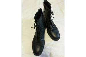 Продам осінні чоловічі чоботи ZARA MAN COMBAT