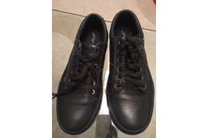 продаю  почти новые туфли