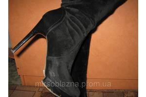 Сапожки замшевые женские черные, на  высоком каблуке, р-р.38 - б/у