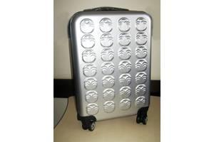 Серебряный чемодан NU SKIN