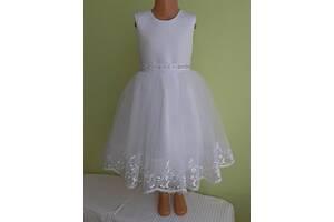 Праздничная детская белое платье с широким кружевом, модель № 58