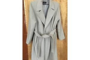Женское осеннее пальто Reserved