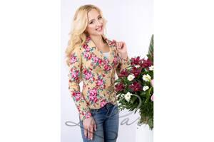 Жіночий піджак з квітковим принтом. Різні кольори і розміри