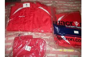 Зимняя спортивная куртка MACRON  52 размер