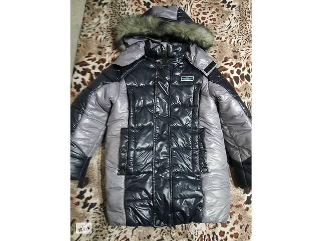 продам Зимняя теплая куртка курточка мальчику 130-150см почти новая удлиненная модная пуховик на сильные морозы снежную погоду бу в Мариуполе