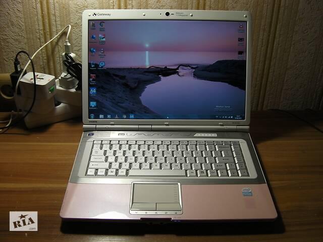 Acer Gateway M7301u / SA6 15.4