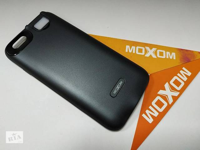 купить бу Чехол-аккумулятор для iPhone 6/6s 3000 мА/ч с дополнительной встроенной вспышкой Черный в Харькове
