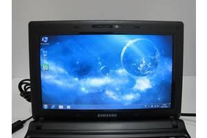 Двух ядерный нетбук Samsung N150 черного цвета(батарея 4 часа).