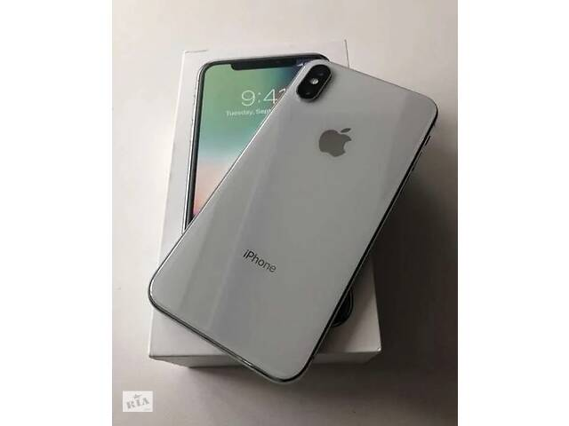 продам iPhone X/64gb Silver Neverlock  бу в Киеве