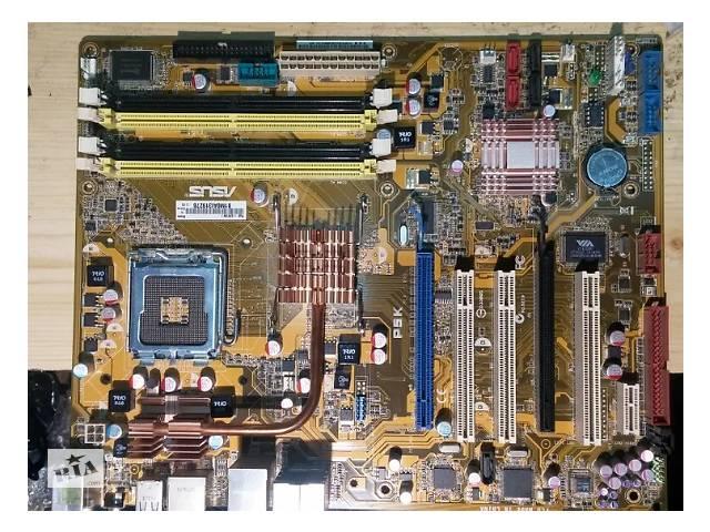 Материнская плата Asus P5K в отличном состоянии. Сокет 775 для 4-х ядерных процессоров Xeon- объявление о продаже  в Киеве