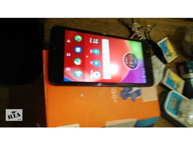 продам Motorola e4 2/16 бу в Киеве