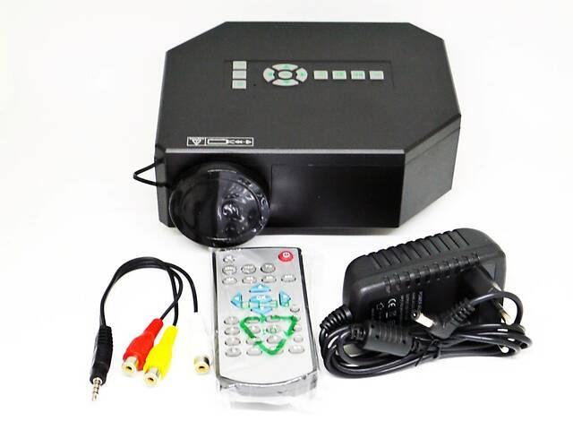 продам  Мультимедийный LED проектор Unic UC30  бу в Днепре (Днепропетровск)