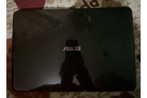 Ноутбук ASUS X556U Intel CORE i7 и nVidia 940mx, в хорошем состоянии