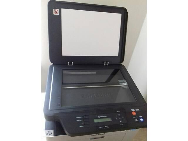 Продам лазерный wifi принтер-сканер Samsung Xpress M2070W- объявление о продаже  в Киеве
